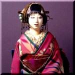 玄関の日本人形